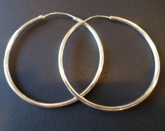 Silver Tone Vintage Large Hoop Earrings.