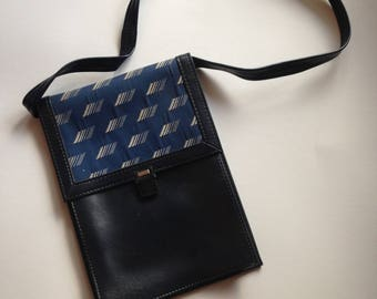Crossbody Purse, canvas vinyl crossbody bag, vintage bag, small black navy crossbody bag, canvas vinyl shoulder bag, Galeries Lafayette Pari