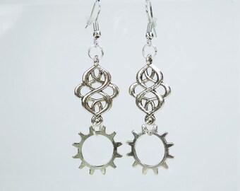 Earring ornament with gears to Silver earrings earrings jewelry hanging earrings steampunk gear pair of earrings