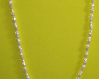 S-26  Vintage Necklace beaded mother of pearl choker