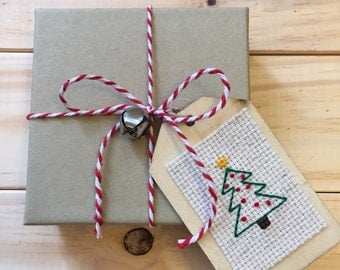 Christmas Tree Gift Tag, Holiday Gift Tag, Wooden Gift Tag, Christmas Gift Tag, Cross Stitch, Christmas Wrapping, Holiday Wrapping