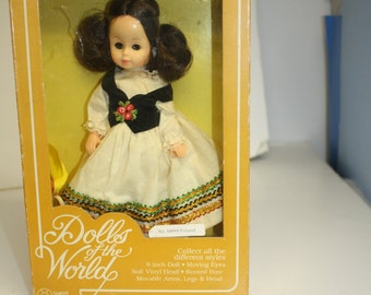 Dolls of the World Poland B889 Sweet Things Philip Krokow & Co. Doll in Costume 8inch doll moving eyes rooted hair moveable arms, legs, head
