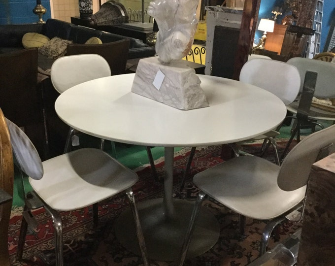 Mid Century Saarinen Style Dining Set 42 Round with Leather Chairs