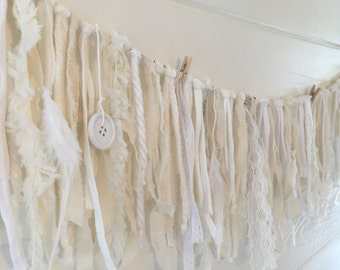 Garland Fluffy white 1 meter