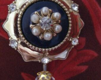 Magnetic Portuguese Knitting Pin Vintage Coro Round Star Goldtone metal Blue Sparkling rhinestones Pearl beads