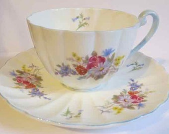 Extraordinary fine bone china Shelley cup and saucer ca 1945-66