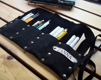 FREE Personalized Leather Pencil Roll, Leather Artist Roll, Pencil Case, Leather pencil Case, Leather Tool Roll, Paint Brushes Case