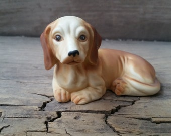 Dachshund figurine, dachshund vintage collectible, ceramic or china dog figurine, vintage dog collectible