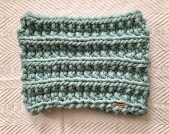 Ready to Ship! Chunky Knit Cowl // 100% Wool // Aquamarine
