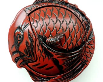 Old & Rare Japanese red LACQUER red-snapper/Tai FISH lidded wooden BOWL-Box