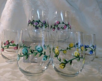 Hand Painted Rosebud Vine STEMLESS Wine Glasses-2, Painted Glasses, Bridal Party Glasses, Rosebud Wineglasses