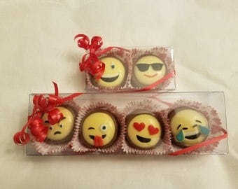 Emoji Chocolate Covered Oreo