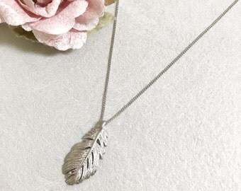 Large Feather Necklace ~ Silver/Gold