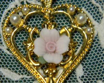 Vintage Avon Heart Shaped Necklace Faux Pearls Porcelain Pink Rose Pendant