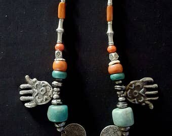 Morocco - Superb Berber necklace with cornelian stones, Amazonite, coral, silver beads and coins, silver hands and pendants