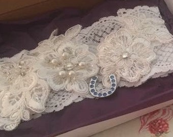 Elasticated Lace Garter