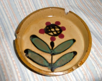 Mid Centruy modern  Ashtray  Excellent Condition