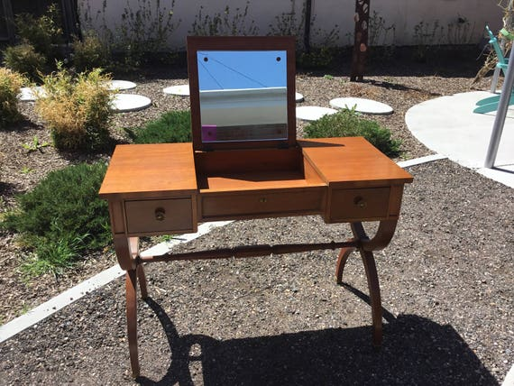 Beautiful Vintage 1950s Kindel Vanity With Beautiful Contemporary Legs