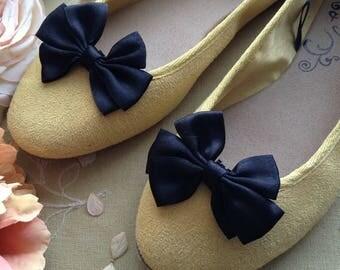 Vintage Black Satin Shoe Bows, Vintage Black Satin Shoe Clips, Classy Shoe Clips, Hair and Shoe Clips, Black Satin Hair and Shoes Acessory