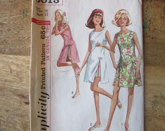 Vintage 1960s Simplicity Pattern 6013 for Misses Size 10 Play Dress and Shorts