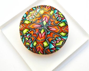 Pin round mandala in polymer clay