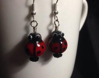 Glass lady bug earrings