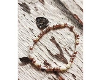 Boho bracelet, Bead Bracelet, heart, leaf pendant, Pearl White, pink