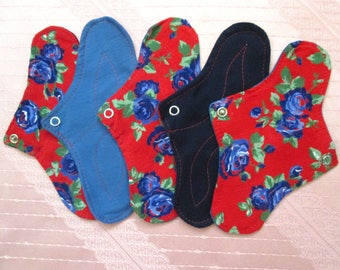 Set of 5 DAILY Panty-liners~ washable panty liners~ cotton reusable pads~ for daily use/ light flow period days/ tampon backup~ natural eco!