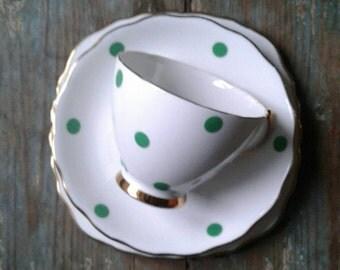Vintage teacup trio. Vintage tea set. Green spot. Tea party. Wedding china. Garden party.