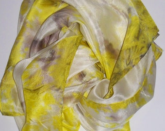 handpainted romantic shiboriscarf in white, yellow, grey and brown, silkpainting on Pongé-silk, shawl, one of a kind, wearable art, unique
