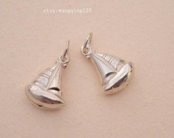 2 pcs sailor boat charms pendants in sterling silver, LX1