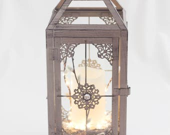Vintage lantern with candle/grey lantern/ivory candle/shipping included/home decor/table centrepiece/hanging lantern/fairy light