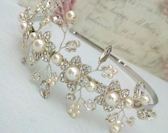 Silver Bridal Headband, Silver Headpiece, Silver Flower Tiara, Flower Wedding Tiara, Flower Wedding Crown, Silver Headband Hair Accessories