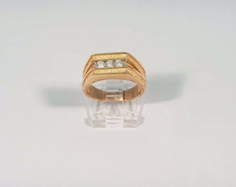14K Yellow Gold Mens 1/2 ct. tw. Diamond Ring, Size 9.25