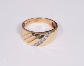 14K Yellow Gold Mens Diamond Ring, Size 10
