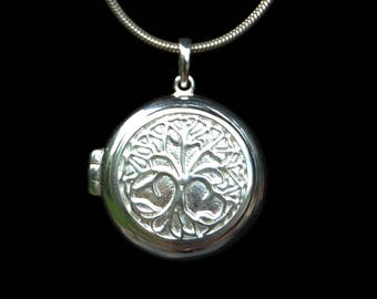 Silver Amulet Pendant Tree of Life