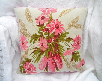 """14"""" x 14"""" Pillow cover. Vintage linen. One-of-a-Kind. Pink Floral. Home decor. Bedroom. Unique. Handmade."""