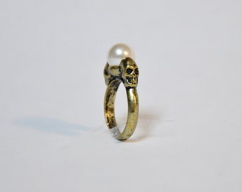 Deadly Pearl Ring