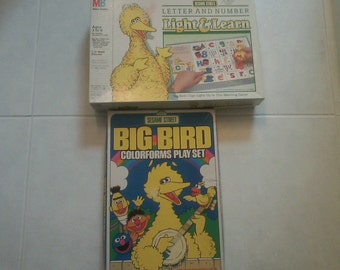 Vintage SESAME STREET 1986 Big Bird Light and Learn & Colorforms Playset