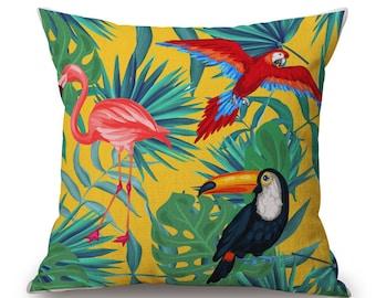 Housse de coussin déco toile de lin et coton beige JUNGLE   Décoration d'intérieur   Salon    Design Tropical    Perroquets et flamant rose