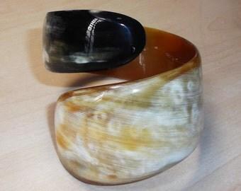 Horn bracelet - Buffalo horn bracelet  - Horn jewelry - KAI-3691