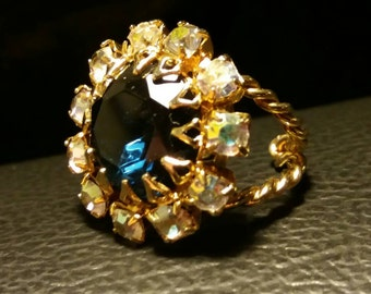 Gold & Multi Colored Rhinestone Clustered Ring w/ Blue Center sz.8 adjustable