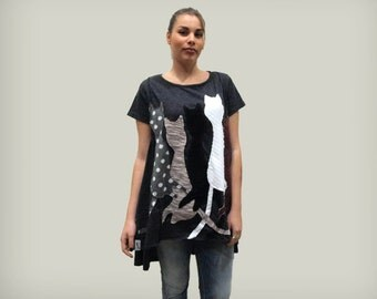 Gray loose top with cats applique / organic cotton loose tunic / women top with cats / short sleeves top / four cats top / asymmetrical top