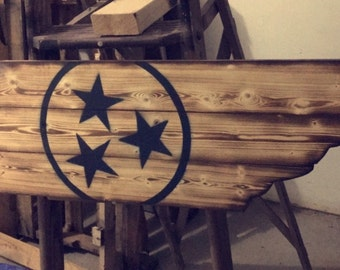 Wooden state of Tennessee sign