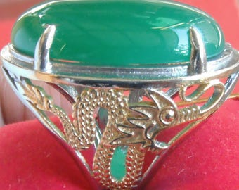 Green chaheldony gemstone
