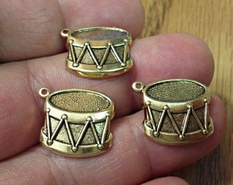 VINTAGE Set Of 4  brass gold ox DRUMS JEWELRY Findings  pendant Charms /U9