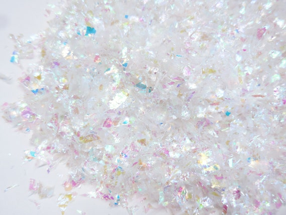 Buffalo iridescent snow flake artificial in white fake