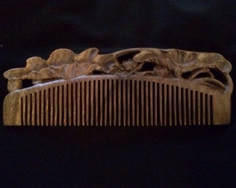 Traditional Handcrafted Green Sandalwood Comb