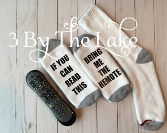 """If You Can Read This """"Bring Me The Remote"""" Men and Women Personalized Funny Socks"""