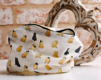 Cute Pug cosmetic bag.  Watercolour Pug make up bag,  zipper pouch, Girlfriend pug gift, mum gift, make up pouch, best Pug lover gift